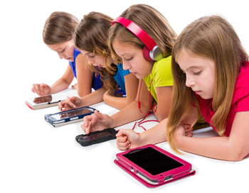 screen-time-and-games-heighten-aggression-and-decrease-social-skills